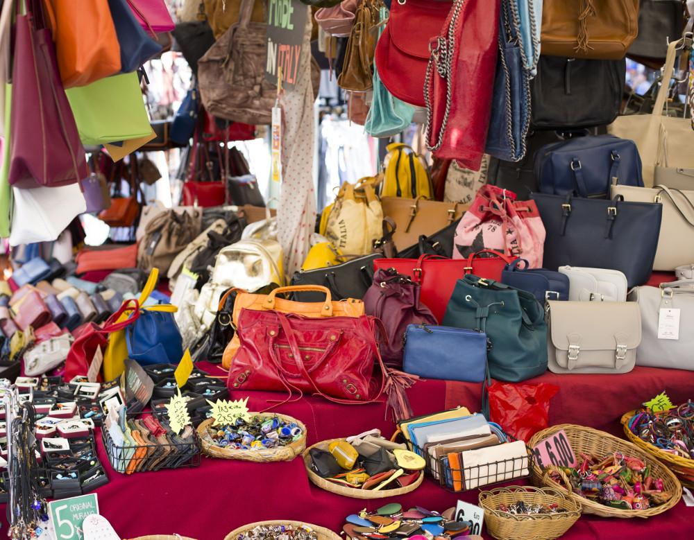 mercato campo dei fiori bags & fruits
